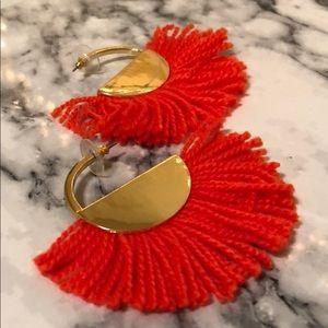 NWT Neon Orange Fringe Earrings W/ Gold Bases! 🧡✨